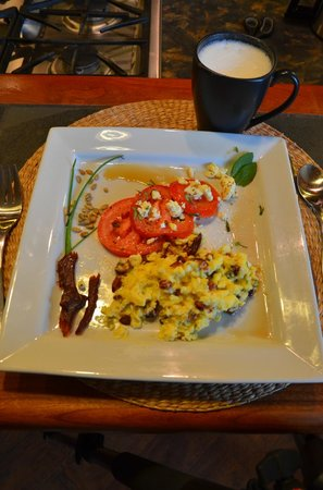 Windborne Bed and Breakfast: Breakfast entree