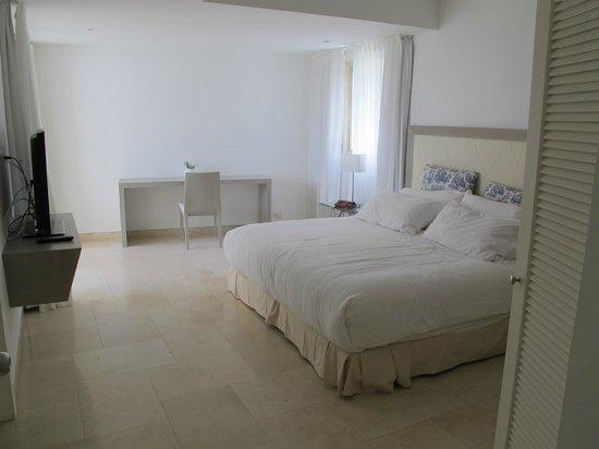 San Diego 974 Suites: bedroom