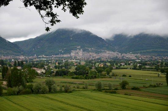Vista su Gubbio - Hotel Villa Montegranelli