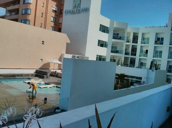 Coral Island Hotel and Spa: Vista desde el balcón del gimnasio y spa