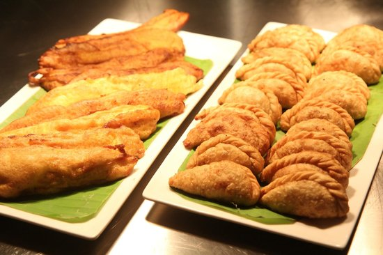 Courtyard Kochi Airport: Local specialties on the dinner buffet