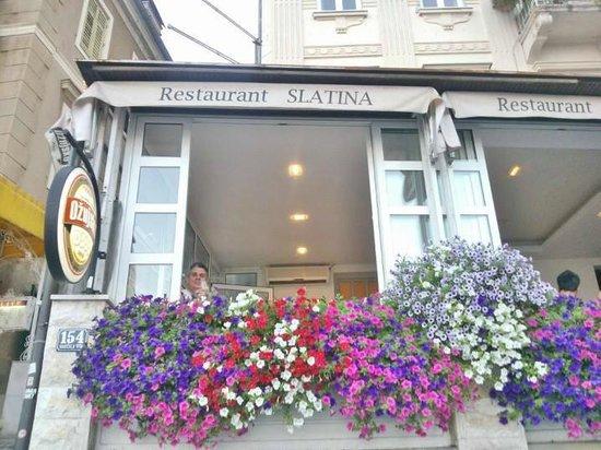 I meravigliosi Fiori del ristorante Slatina