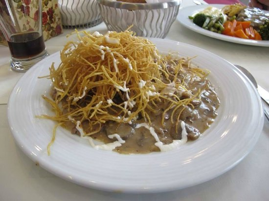 Yas Restaurant: Steak with fried onion