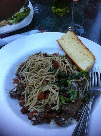 Ginger & Spice Bistro : bruschetta spaghettini