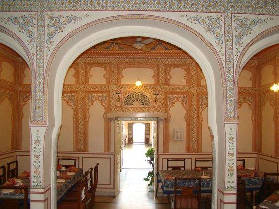 Hotel Chirmi Palace: Dinning room