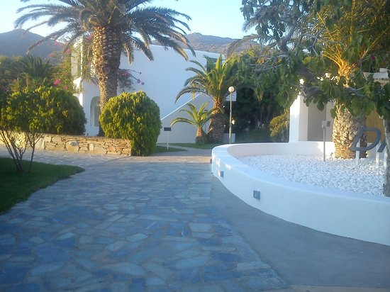 Dionysos Seaside Resort: Είσοδος ξενοδοχείου