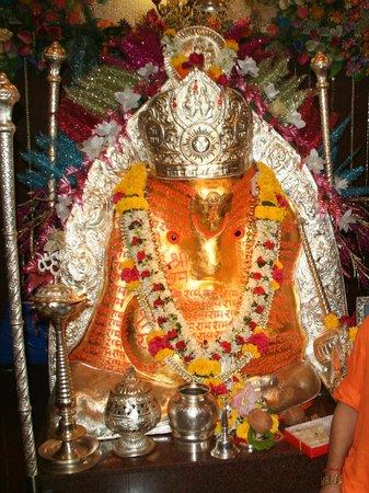 Swayambhu temple in bangalore dating 10