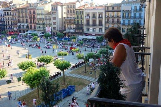 Gran Hotel La Perla: Mom looking from the balcony