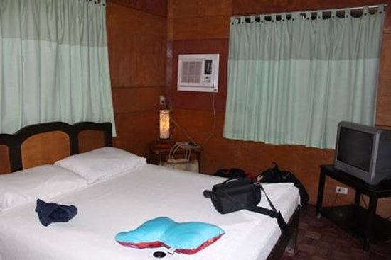 Boracay Beach Resort : Bed/Standard Bungalow