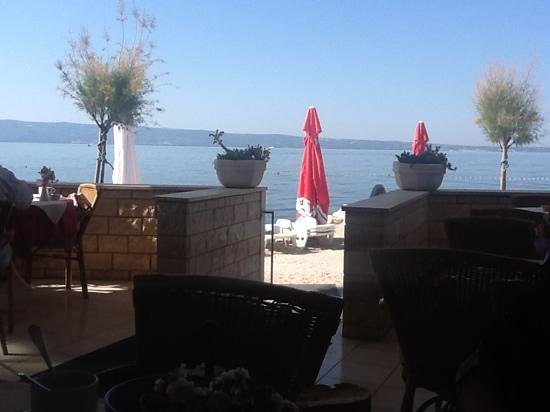 Villa Amigo: from the breakfast