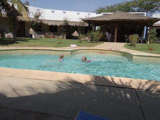 Au Petit Jura : piscine