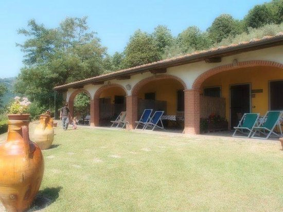 Agriturismo il Pillone: apartments with privative terrace
