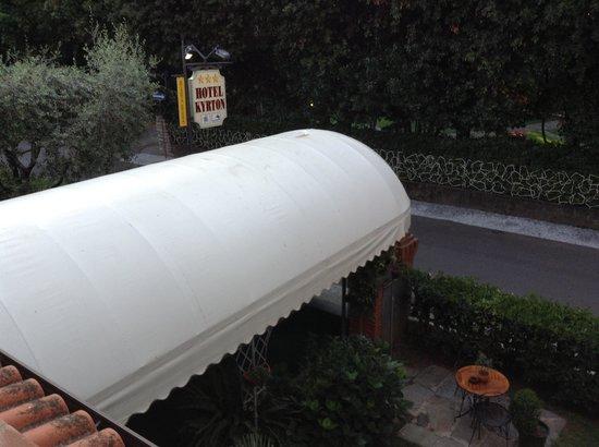 Hotel Kyrton : Scattata dal balcone della camera