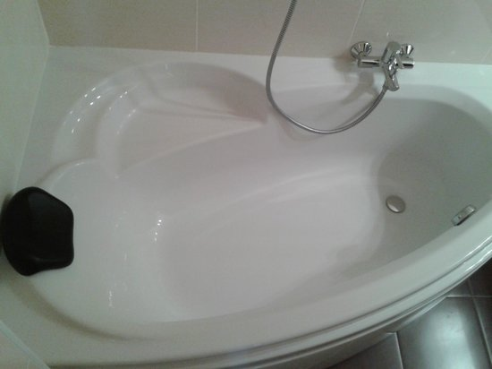 Quic en Groigne: Bath (with headrest !)