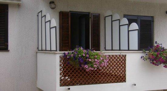 Apartments Kinkela: balcone