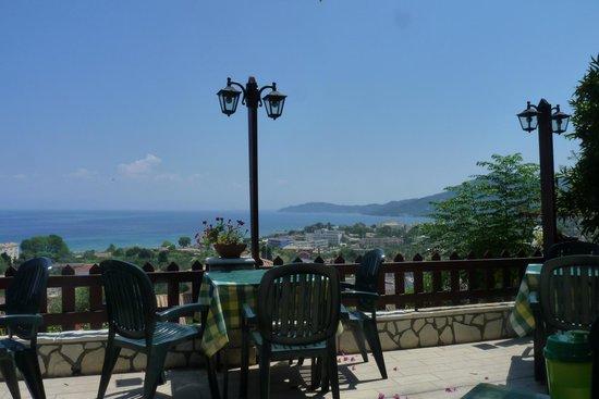 Bella Vista Taverna: vue terrasse