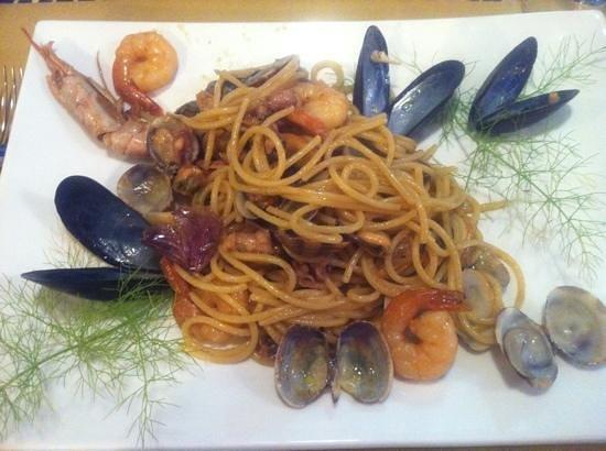 Mediterraneo: spaghetti alla corsara...una bomba!