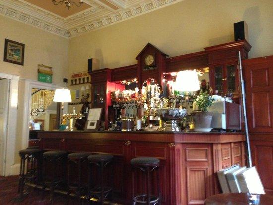 Edinburgh Thistle Hotel : The little bar