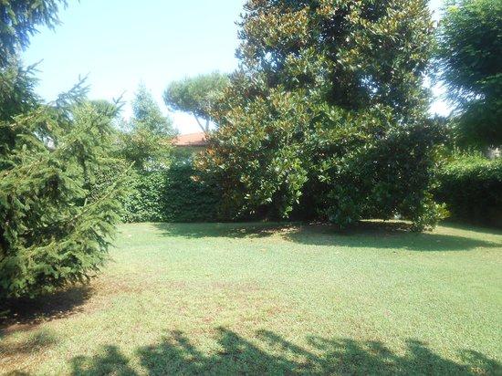 Albergo Battelli: Parco