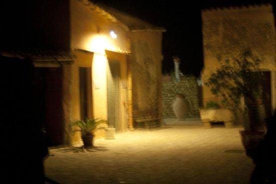 Baglio Elia Resort & Restaurant : foto notturna