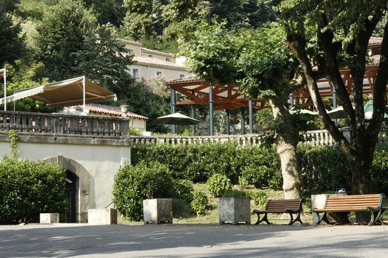 Grand Hôtel des Bains : Très belle verdure à l'hotel