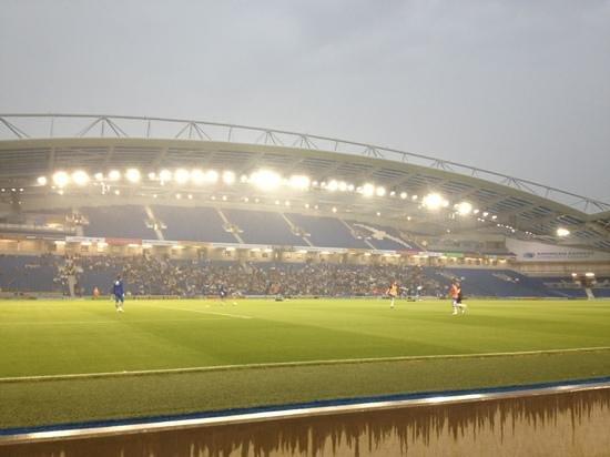 American Express Community Stadium: BAHA V Villarreal