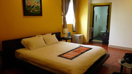 Nam Mon Hotel: Suite on the top floor