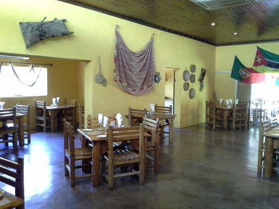 Tambarina Guest House & Restaurant: Tambarina inside