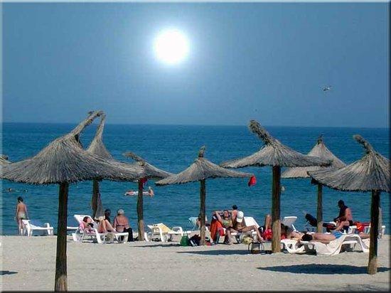"""Képtalálat a következőre: """"mamaia beach"""""""