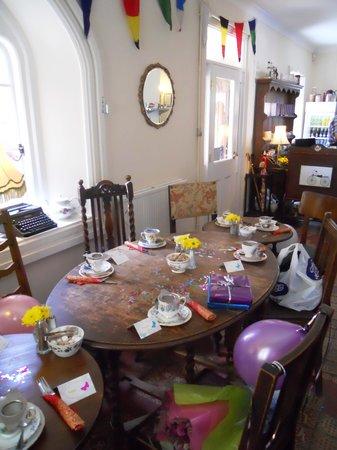 Pettigrew Tea Rooms: Tables set for afternoon tea