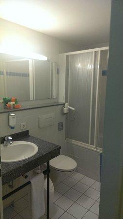 NH München City Sud: baño regular