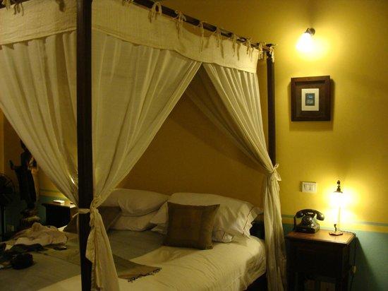 Satri House : Chambre