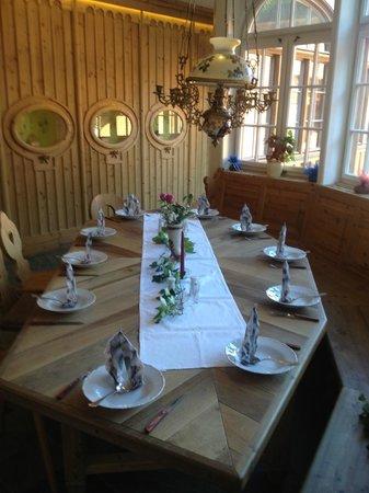 Hotel Steirisch Ursprung: Frühstückstisch, nett gedeckt