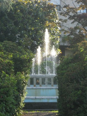 Hotel Fontana : fountain in garden of Hotel la Fontana