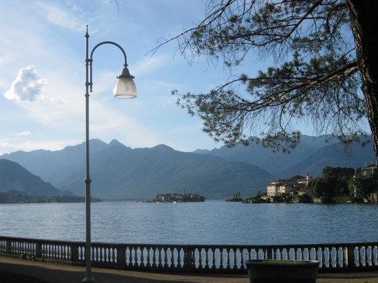 Hotel Fontana: Isola Bella and Isola Pescatore from near Hotel la Fontana