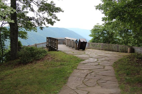 Beckley, Wirginia Zachodnia: OVERLOOK AT THE GRANDVIEW STATE PARK