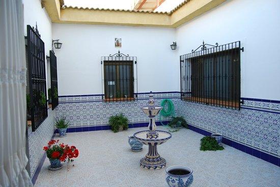 Cortijo de Tajar Hotel: Patio Andaluz