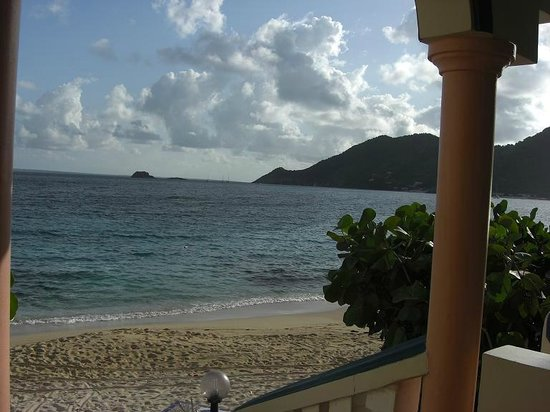 Le Petit Hotel: View of Grand Case bay from the terrace