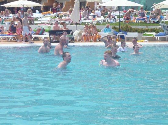 Hotel Paraiso de Albufeira: daytime games