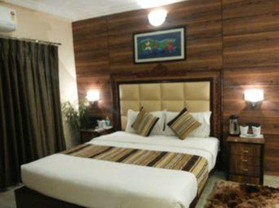 Hotel Nandan : suite
