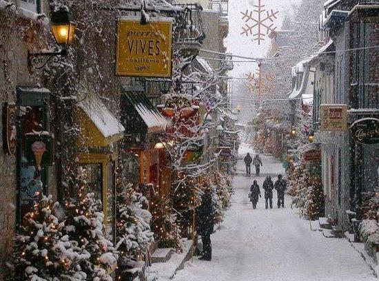 Quartier Petit Champlain: Le quartier en décembre