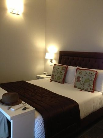 Chic & Town Luxury Rooms : very comfy bed