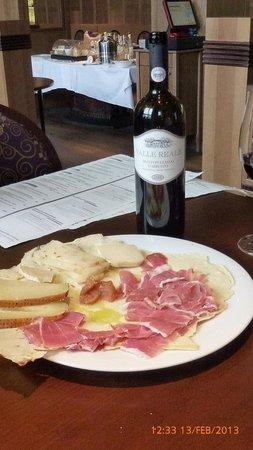 Il Mercato : Cheese and ham...