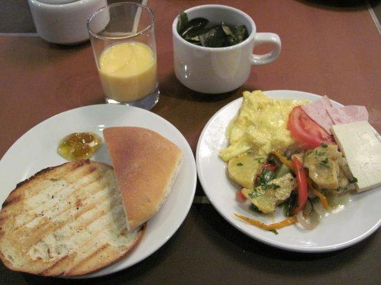 Inti Punku Macchu Picchu Hotel : 朝食
