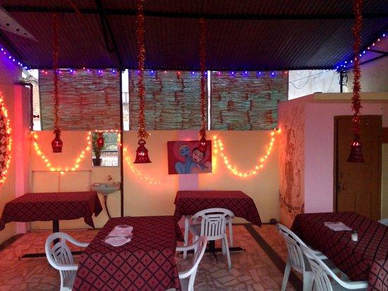 Chirag Roof Top Restaurant: restaurant