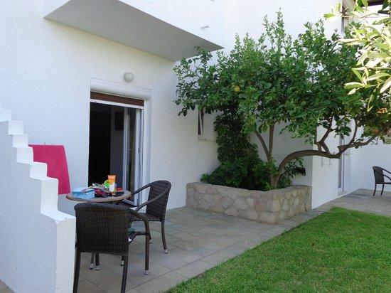 Santa Maria Village : Habitacion vista jardin parte trasera