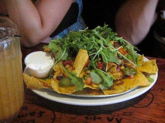 Swizzle Inn: Nachos