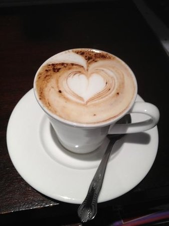 Nico's: cappuccino
