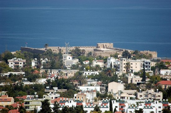 Onar Holiday Village: View of Kyrenia Castle from Onar Village