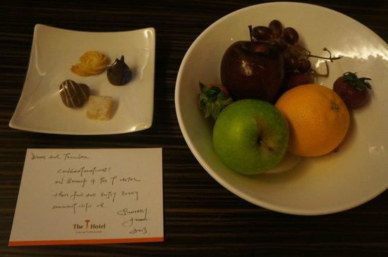 The T Hotel: complimentary fruit and chocolates
